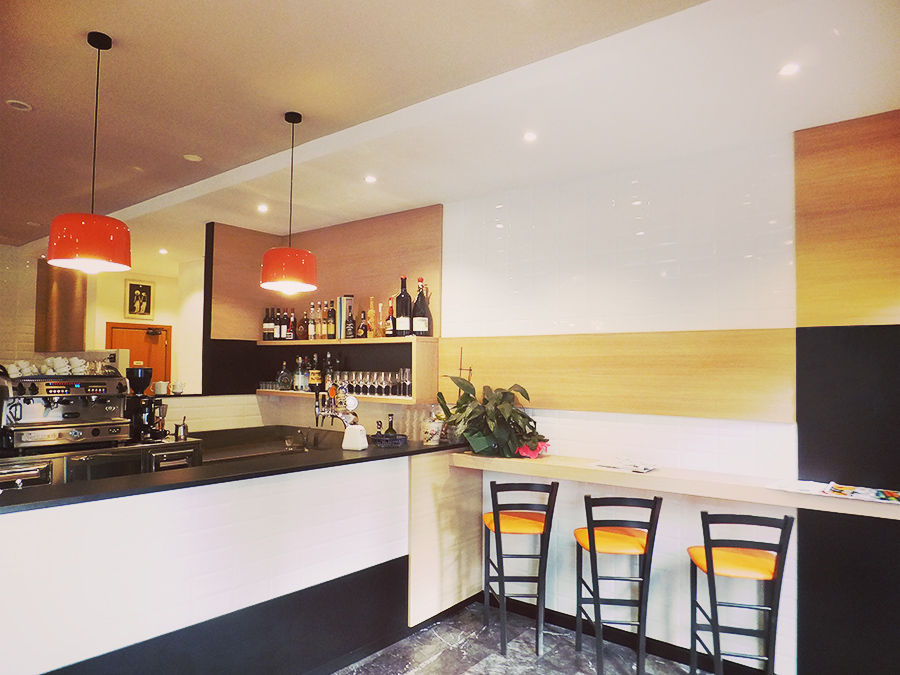 Terdesign progetta locali food bar ristoranti gelaterie for Pizzeria arredamento