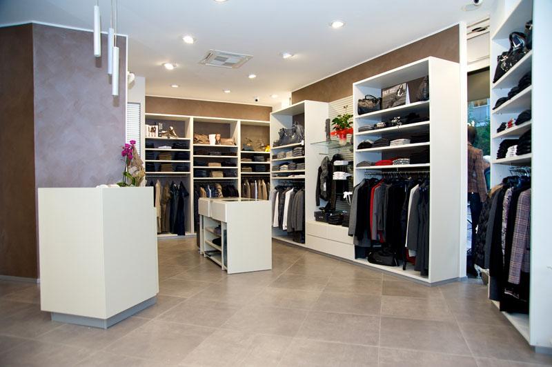 Terdesign arredamento negozi di abbigliamento top ten for Arredamento shop