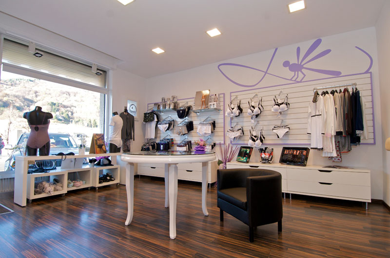 negozi di arredamento yahoo ~ gitsupport for . - Arredamento Negozio Abbigliamento Yahoo