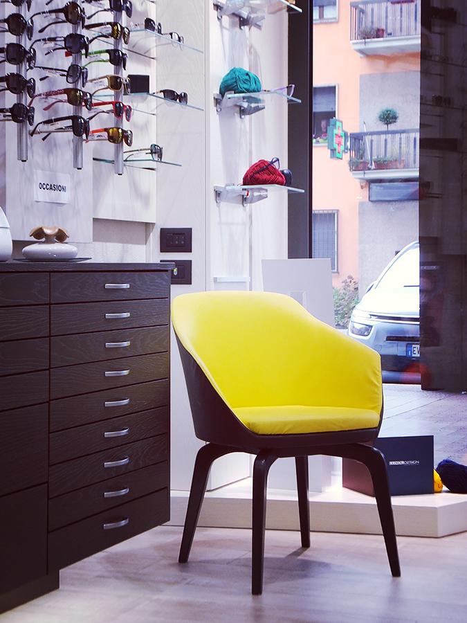 Terdesign progetto ottica zonco di ponzone trivero for Arreda negozi shop