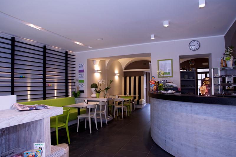 Caff 19 borgosesia vc for Food at bar 38
