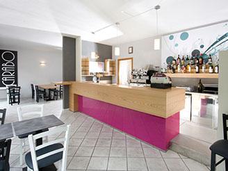 Ideazione progettazione e realizzazione ristoranti bar e for Arredamento biella