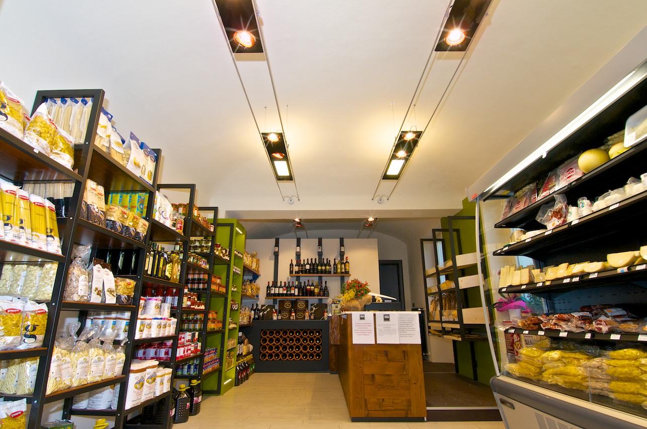 Progettazione e arredamento negozio alimentari matera