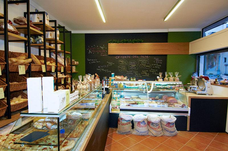 Progetto e arredamento panetteria alimentari la casa del pane quarona